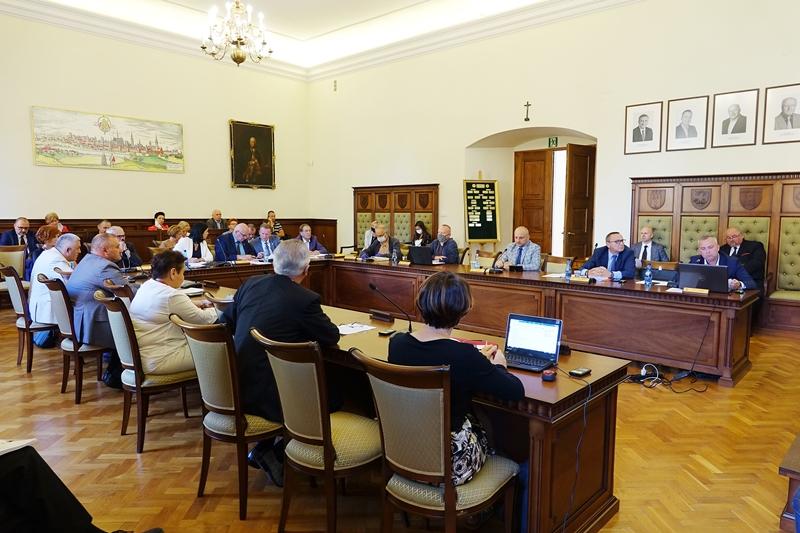 Sesja Rady Powiatu w Nysie