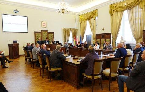 Wotum zaufania i absolutorium dla Zarzdu Powiatu w Nysie