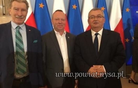 """I""""Fundusz przewozów autobusowych"""" - spotkanie w Kancelarii Prezesa Rady Ministrów"""