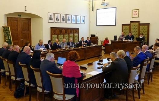 IXII sesja Rady Powiatu 29.11.2019 - Radni zagłosowali za!