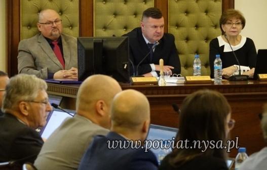 IPorządek XIII sesji Rady Powiatu 9.12.2019