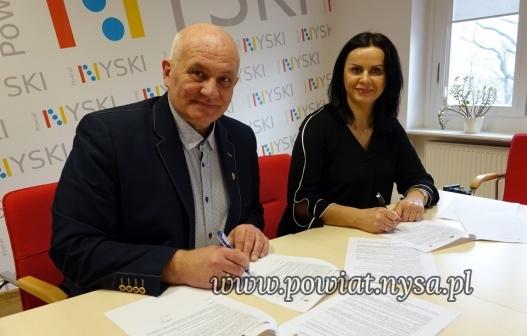 IWspólne projekty Powiatu Nyskiego i Miasta Zlaté Hory