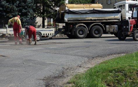 RuszyBy prace zwizane z przebudow drogi powiatowej na odcinku Obwodnica Nysy-Radzikowice