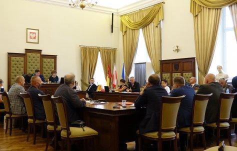 Porzdek XXV sesji Rady Powiatu w Nysie