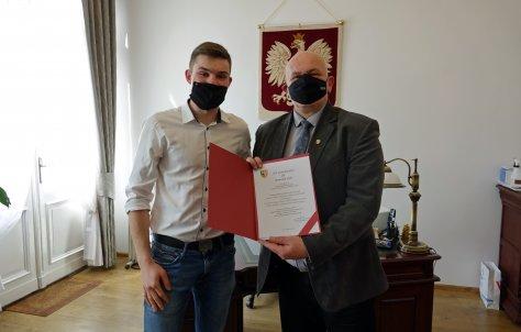 UczeD Carolinum nagrodzony przez starost